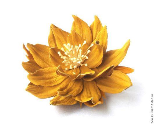 """Броши ручной работы. Ярмарка Мастеров - ручная работа. Купить Цветы из кожи. Брошь из кожи  """"Sunshin"""". Handmade. Желтый"""