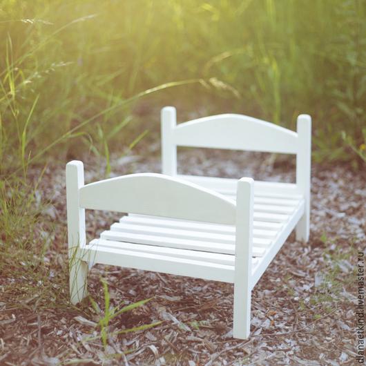 Кроватка для фотосессии новорожденных Кроватка изготовлена из дерева Размер лежачего места 40*60 см Подходит для фотосессии младенцев и детей