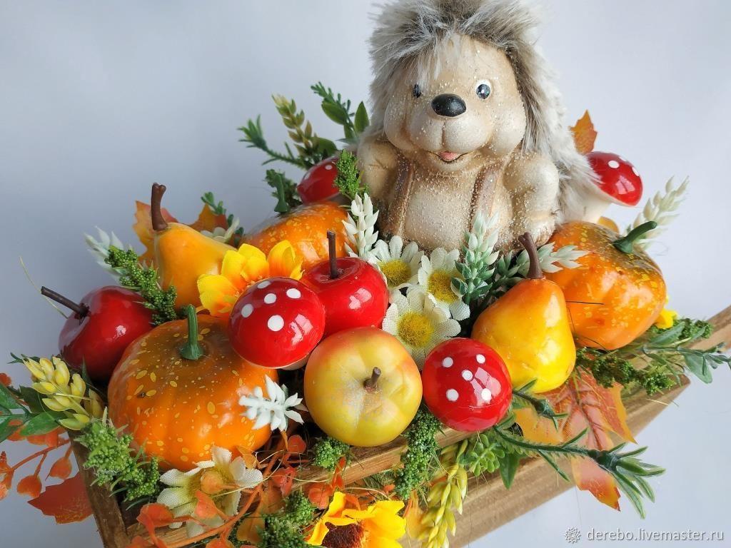 Осенняя композиция с ежиком в деревянной телеге, Детская, Ленинградская, Фото №1