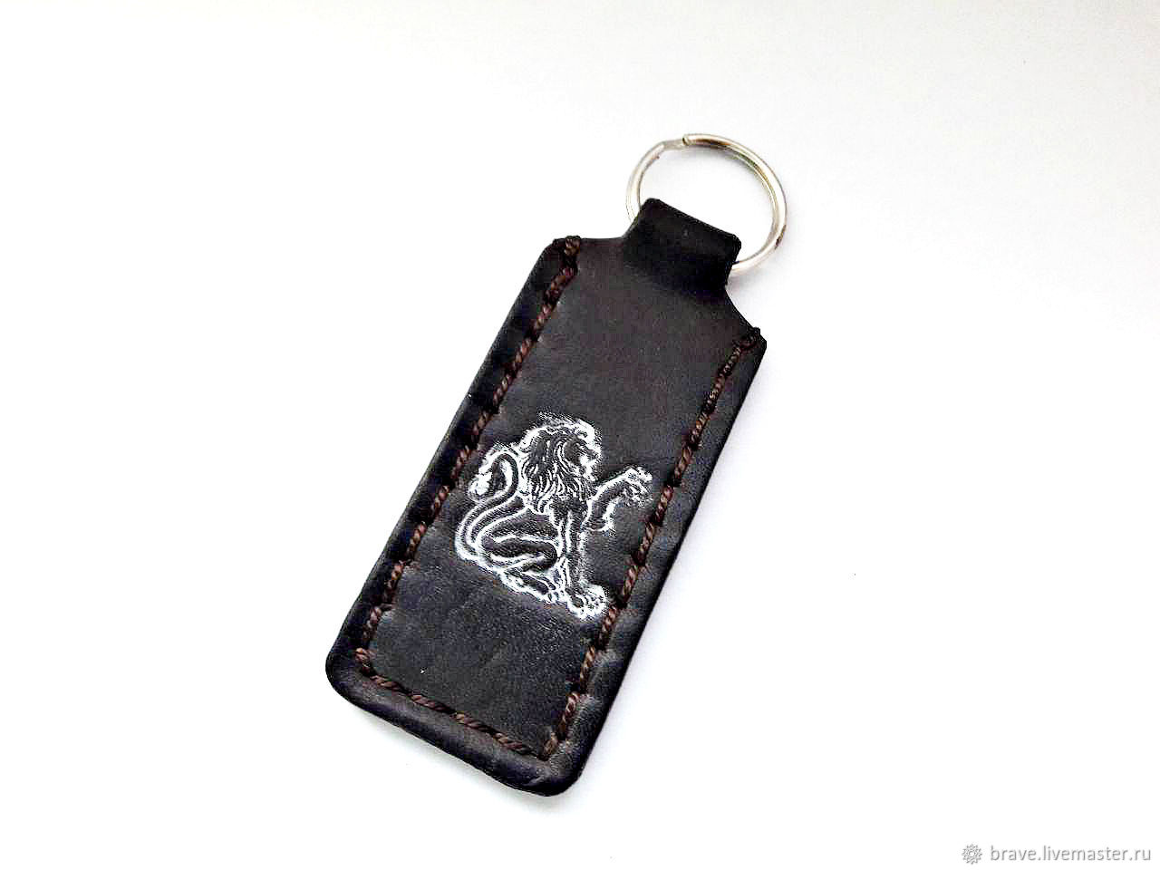 Кожаный брелок в ассортименте рука фатиы, бесконечность, лев