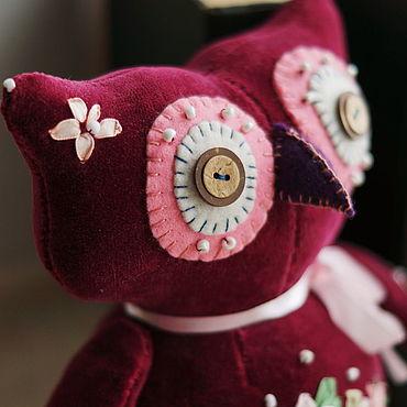 Куклы и игрушки ручной работы. Ярмарка Мастеров - ручная работа Интерьерная Сова из натурального бархата. Рост 23 см. Handmade.