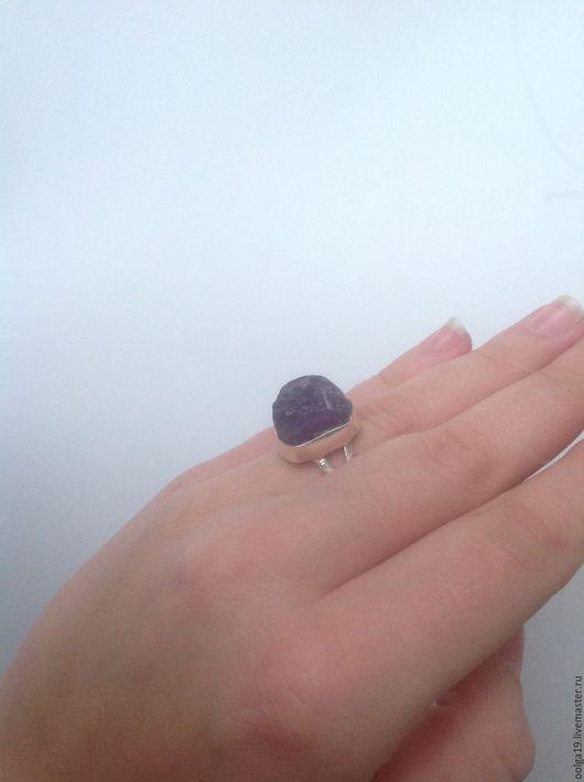Кольца ручной работы. Ярмарка Мастеров - ручная работа. Купить кольцо из стерлингового серебра с самородком аметиста. Handmade. Серебряный