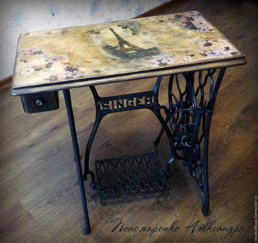 """Мебель ручной работы. Ярмарка Мастеров - ручная работа. Купить Столик """"Парижские письма"""" на станине от швейной машинки. Handmade. Столик"""
