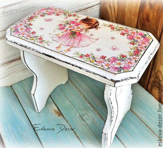 """Мебель ручной работы. Ярмарка Мастеров - ручная работа. Купить Табурет скамейка """"Девочки - такие девочки!"""" Продана. Handmade. Белый"""