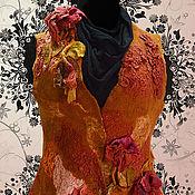 """Одежда ручной работы. Ярмарка Мастеров - ручная работа Жилет """"Цветок гибискуса"""". Handmade."""
