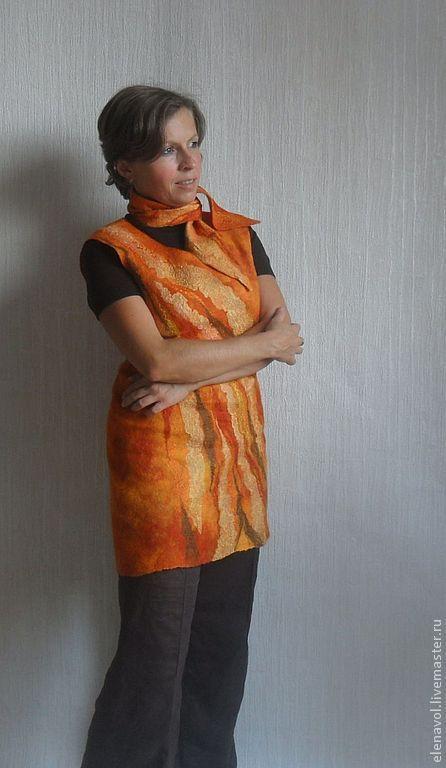 """Платья ручной работы. Ярмарка Мастеров - ручная работа. Купить платье-туника+шарфик """"В свете янтаря"""". Handmade. Рыжий"""
