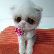 Куклы и игрушки ручной работы. Ярмарка Мастеров - ручная работа Валяные коты.. Handmade.