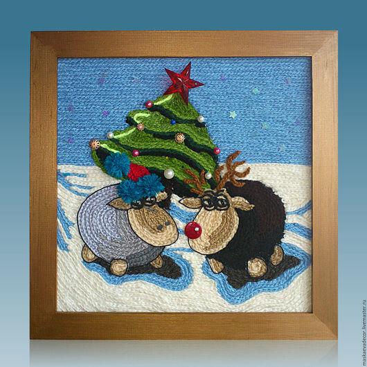 Животные ручной работы. Ярмарка Мастеров - ручная работа. Купить Картина вязанная из пряжи Новогодние барашки у елочки (ждем третьего)). Handmade.