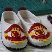 Обувь ручной работы. Ярмарка Мастеров - ручная работа Тапочки Футбольный клуб «Манчестер Юнайтед». Handmade.