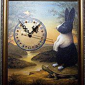 """Для дома и интерьера ручной работы. Ярмарка Мастеров - ручная работа Часы """"Любопытный заяц"""" в ретро стиле. Handmade."""