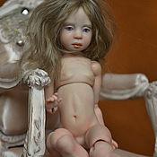 Куклы и игрушки ручной работы. Ярмарка Мастеров - ручная работа Шарнирная малышка. Handmade.
