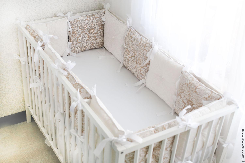 Бортики в кроватку для новорожденных из подушек своими руками 53