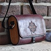 Классическая сумка ручной работы. Ярмарка Мастеров - ручная работа Женская сумка из кожи и дерева Mystery. Handmade.
