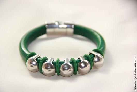 Браслеты ручной работы. Ярмарка Мастеров - ручная работа. Купить браслет Зеленый. Handmade. Зеленый, унисекс