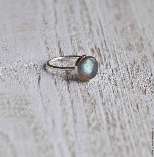 Кольца ручной работы. Ярмарка Мастеров - ручная работа. Купить Серебряное кольцо с лабрадоритом 10 мм. Handmade. Морская волна