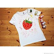 Одежда handmade. Livemaster - original item T-shirt with hand-painted Raspberry. Handmade.