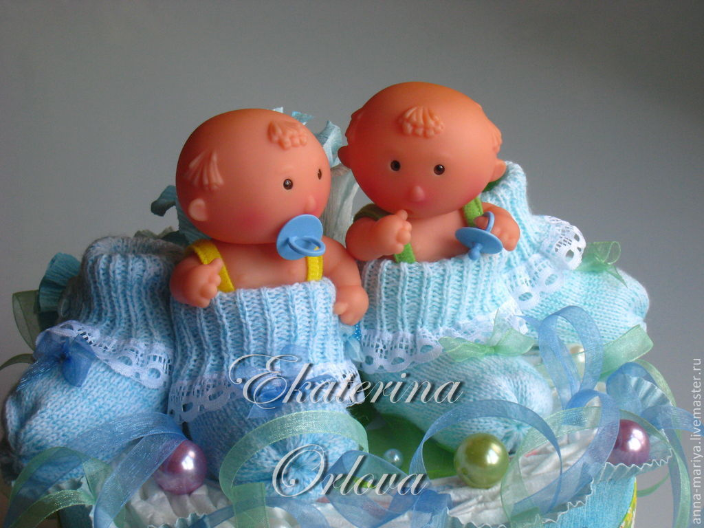 Подарки двойняшкам новорожденным 67