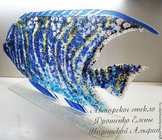 Рыба на подставке. Стекло. Фьюзинг.