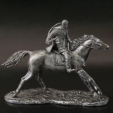 Конный Князь Светослав