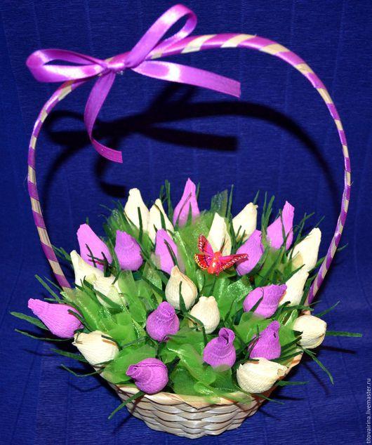 """Букеты ручной работы. Ярмарка Мастеров - ручная работа. Купить Корзина роз из конфет """"Грация"""". Handmade. Корзина роз"""