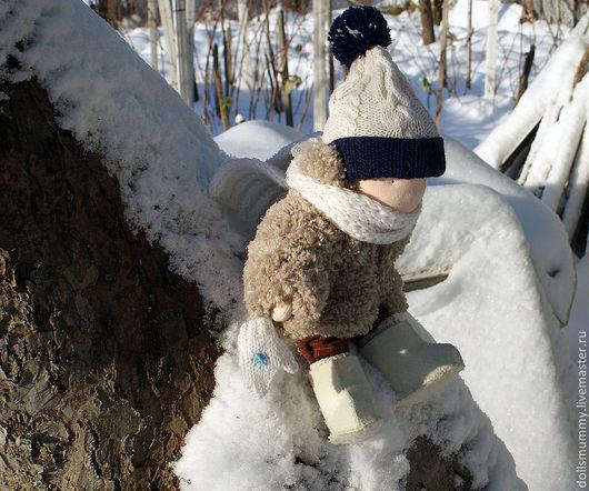 Вальдорфская игрушка ручной работы. Ярмарка Мастеров - ручная работа. Купить Малыш в зимней одежде. Handmade. Бежевый, текстильная игрушка
