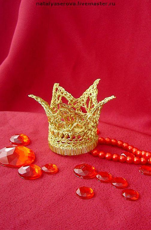 """Заколки ручной работы. Ярмарка Мастеров - ручная работа. Купить """"Золотая корона"""" праздничная заколка. Авторская работа.. Handmade. Заколка"""