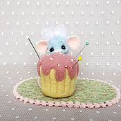 Куклы и игрушки ручной работы. Ярмарка Мастеров - ручная работа Мышка-малышка и кексик. Handmade.