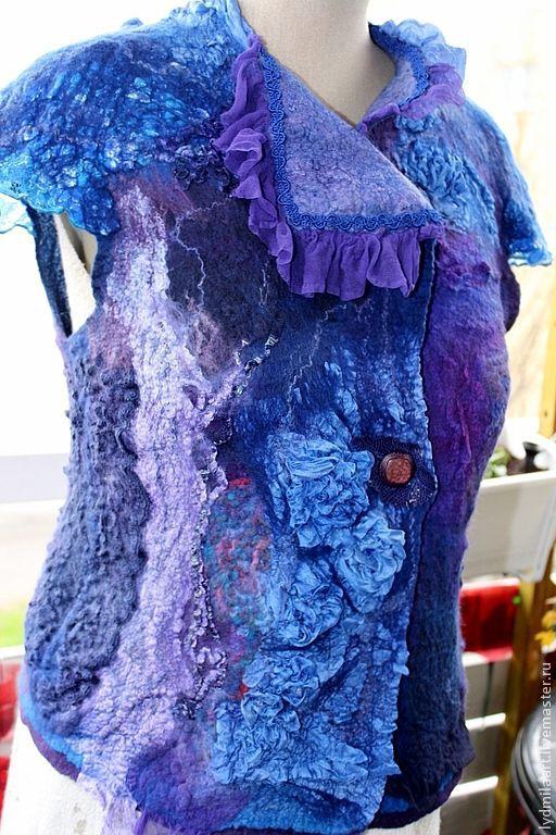 Жилеты ручной работы. Ярмарка Мастеров - ручная работа. Купить Жилет валяный, нунофелт  «Сине – фиолетовый». Продан. Handmade.