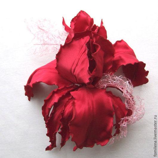 """Свадебные украшения ручной работы. Ярмарка Мастеров - ручная работа. Купить Цветок из атласа """"Марсала"""". Handmade. Бордовый, брошь-цветок"""