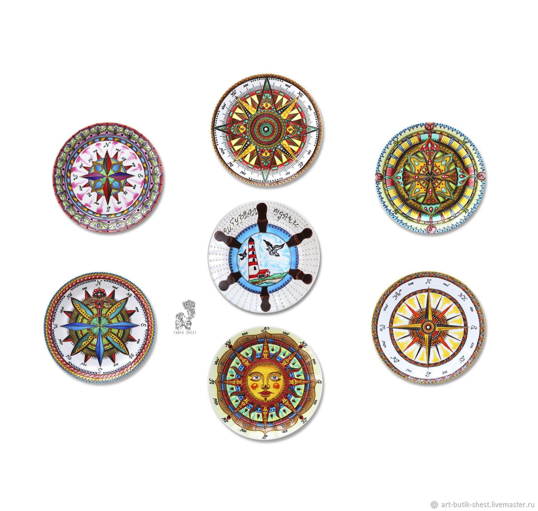 Декоративная посуда ручной работы. Ярмарка Мастеров - ручная работа. Купить Набор тарелок на стену с компасами 'В морском стиле' ручная роспись. Handmade.