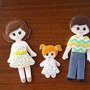 """Мягкие игрушки ручной работы. Ярмарка Мастеров - ручная работа Куколки """"Семья"""" с одеждой из фетра. Handmade."""