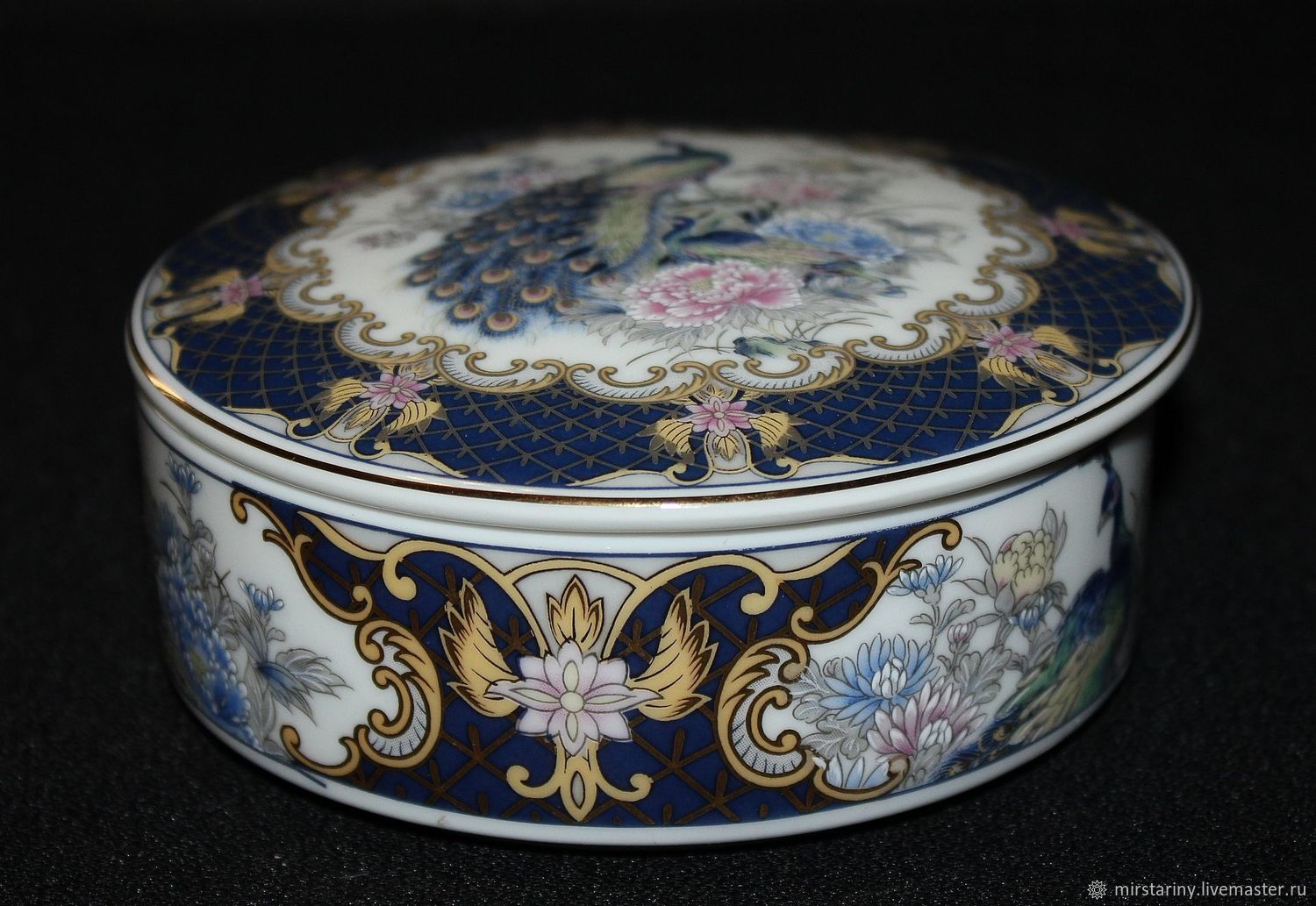 Beautiful round porcelain box 'Peacock', Japan, Vintage interior, Moscow,  Фото №1