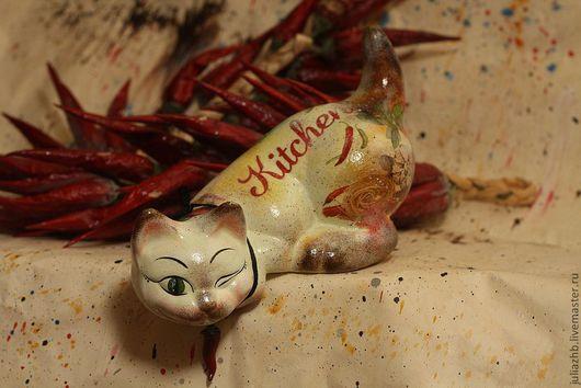 """Кухня ручной работы. Ярмарка Мастеров - ручная работа. Купить Spicy, кошка с """"перчинкой"""" (керамика). Handmade. Бежевый, кот, кухня"""