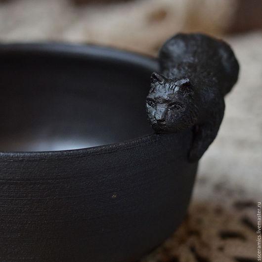 """Пиалы ручной работы. Ярмарка Мастеров - ручная работа. Купить Пиала """"Флаффи на охоте"""". Handmade. Черный, посуда из керамики"""