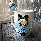 Кружки ручной работы. Ярмарка Мастеров - ручная работа LOL Алиса, именная кружка и ложка, подарочный набор. Handmade.