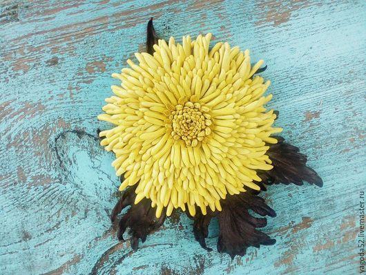 """Броши ручной работы. Ярмарка Мастеров - ручная работа. Купить Хризантема"""" Солнечная"""" брошь из кожи. Handmade. Желтый, брошь цветок"""