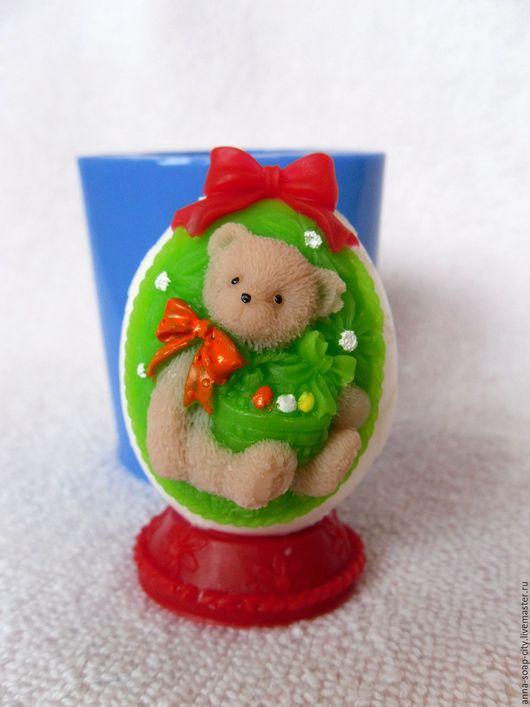 """Другие виды рукоделия ручной работы. Ярмарка Мастеров - ручная работа. Купить Силиконовая форма для мыла """"Яйцо""""Мишка с корзинкой"""". Handmade."""
