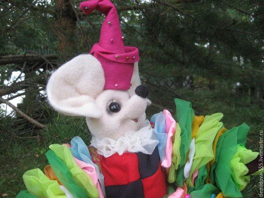 Игрушки животные, ручной работы. Ярмарка Мастеров - ручная работа. Купить Мышонок клоун.Сухое валяние.Ручная работа, мышонок в подарок. Handmade.