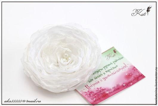 """Броши ручной работы. Ярмарка Мастеров - ручная работа. Купить Текстильная брошь с цветком """"Нежность"""". Handmade. Белый, брошь цветок"""