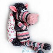 Куклы и игрушки ручной работы. Ярмарка Мастеров - ручная работа Лошадка Серо-Розовая. Вязаная игрушка. Handmade.