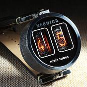 Часы наручные ручной работы. Ярмарка Мастеров - ручная работа Самые маленькие наручные часы на лампах. Handmade.