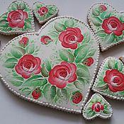 Сувениры и подарки ручной работы. Ярмарка Мастеров - ручная работа Набор сердечек с красными розами. Handmade.
