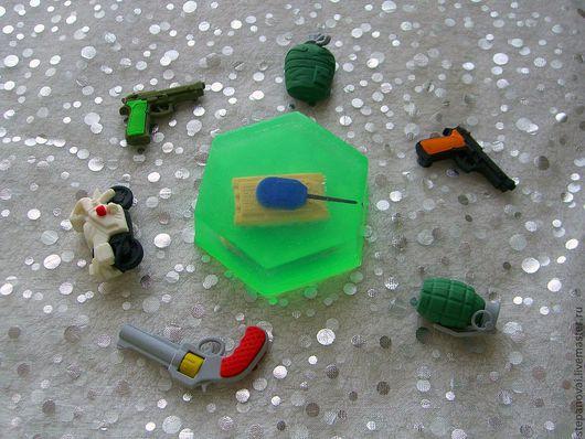 В мыло можно вплавить различные фигурки. Количество фигурок ограничено.