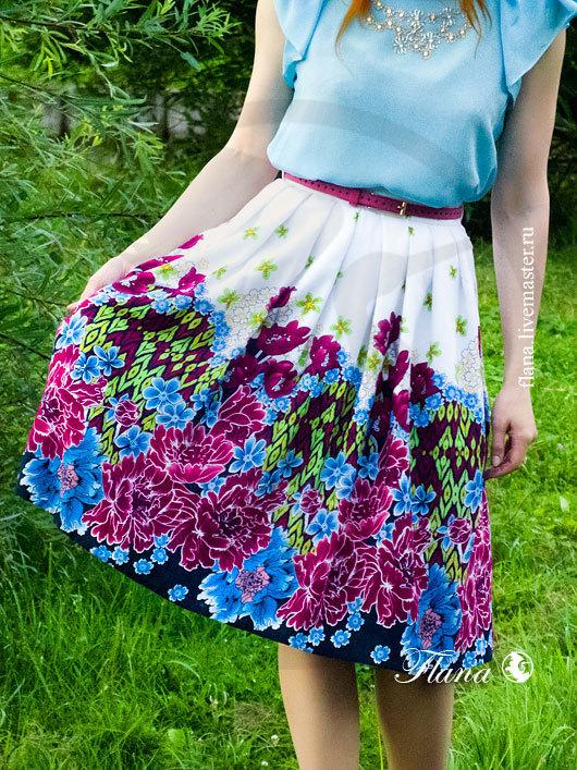 Летняя юбка с роскошным принтом из вишневых пионов и голубых цветочнов (штапель). Индивидуальный пошив, Флана