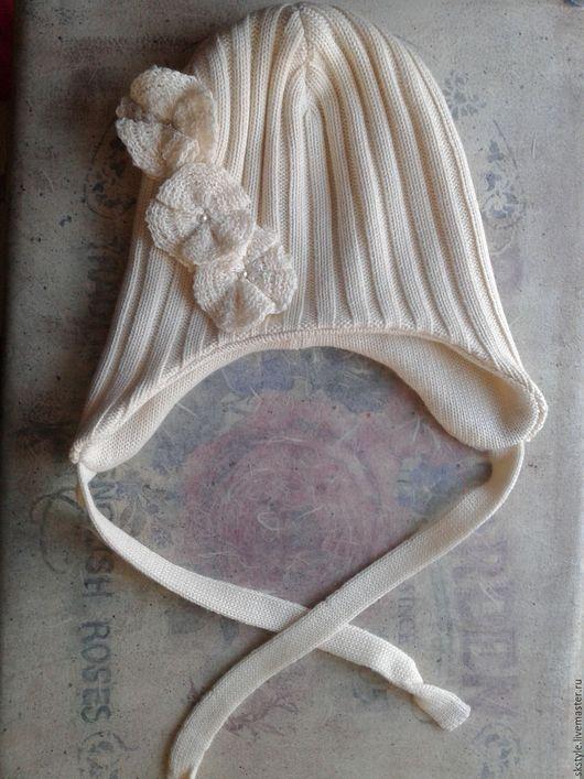 Изысканная шапка из мериносовой шерсти
