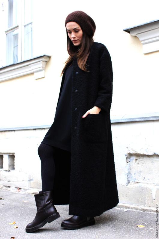 Длинное, дизайнерское пальто из черного букле на осень /весну. Черное пальто с карманами из итальянского букле. Свободный городской стиль.