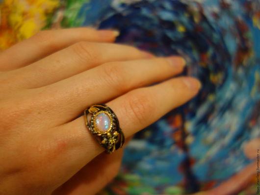 """Кольца ручной работы. Ярмарка Мастеров - ручная работа. Купить """"Взгляд Бога""""- впечатляющее кольцо с огненным эфиопским опалом. Handmade."""