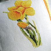 Для дома и интерьера ручной работы. Ярмарка Мастеров - ручная работа Нарцисс, декоративная наволочка с вышивкой, желтый, цветок. Handmade.