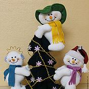 """Подарки к праздникам ручной работы. Ярмарка Мастеров - ручная работа Новогодняя композиция """"Озорная компания"""" (снеговик). Handmade."""