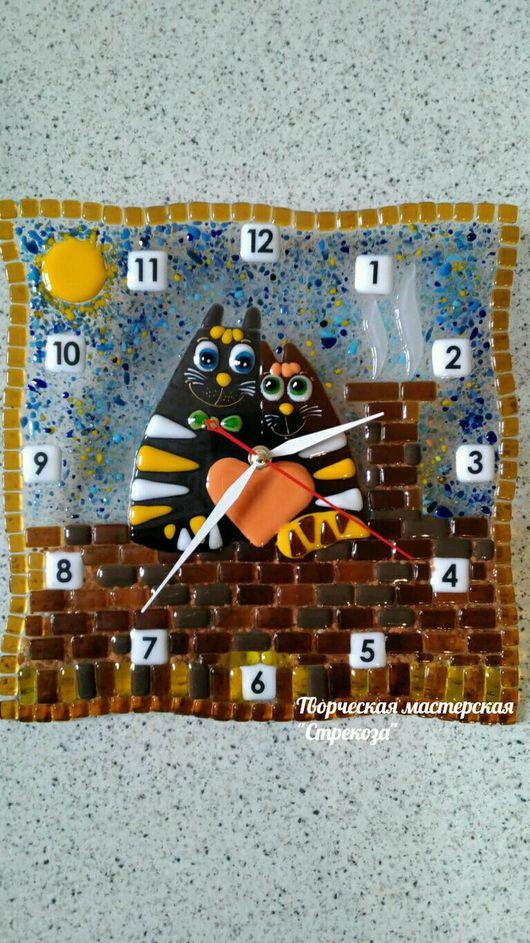 Часы для дома ручной работы. Ярмарка Мастеров - ручная работа. Купить Часы из стекла Влюбленные коты. Handmade. Разноцветный, коты